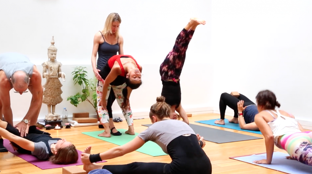 formation yoga vinyasa